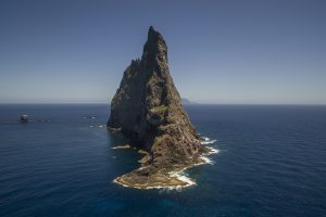articles-lord-howe-island-balls-pyramid-aerial-photograph