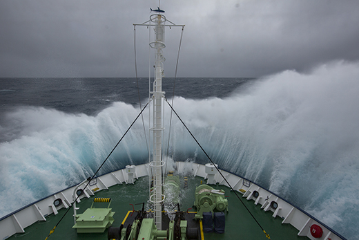 Ship crashes through huge waves on the way to Antarctica & the sub-Antarctic islands